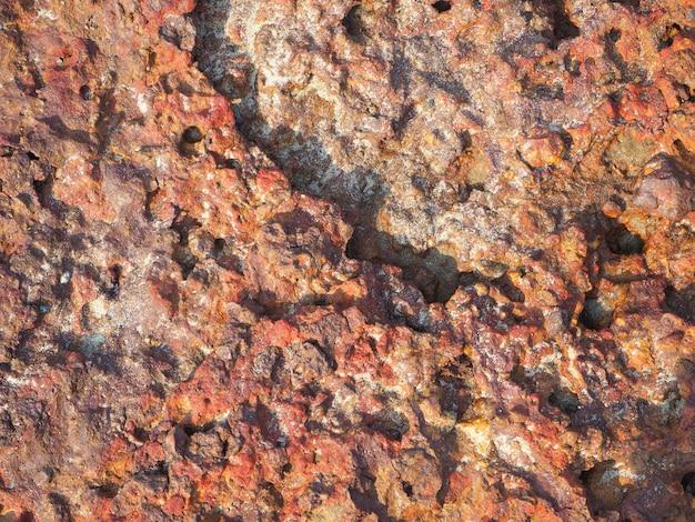 Closeup de pedras de pedras de lava vermelha