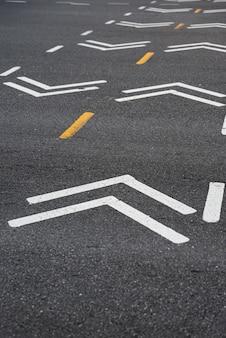 Closeup de sinalização de estrada de bicicleta