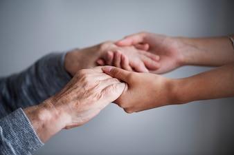 Closeup de um apoio de mãos