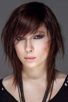 Closeup retrato de penteado feminino