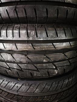Closeup texturizado fundo de pneus usados