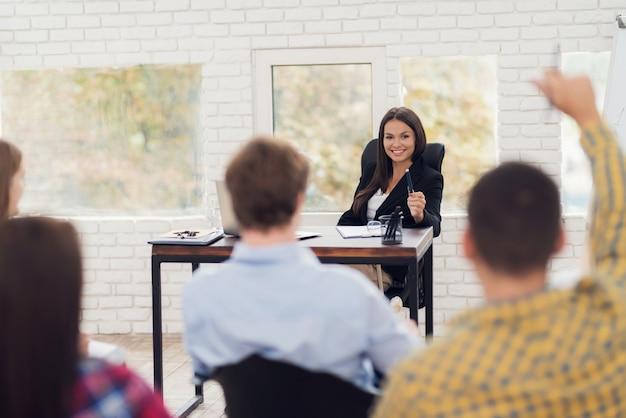 Coaching e mentoria sobre programação neurolinguística.
