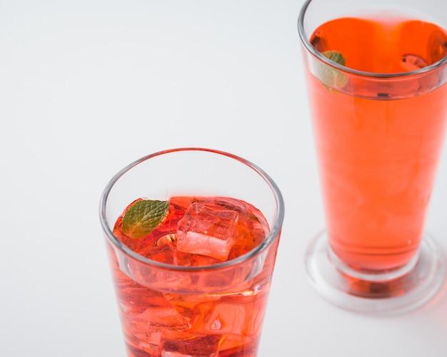 Cocktail de bebida de bebida vermelha