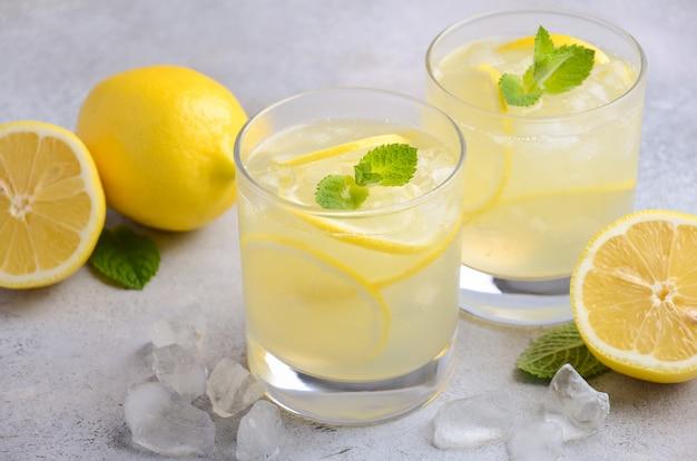 Cocktail de gota de limão.