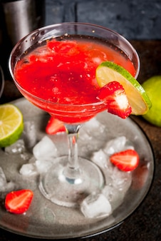 Cocktail de margarita de morango congelado