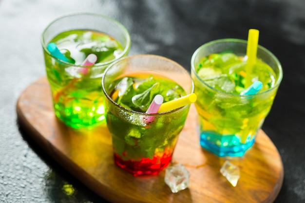 Cocktail de mojito de verão