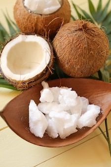 Coco oil.pure conjunto de óleo de coco natural orgânico
