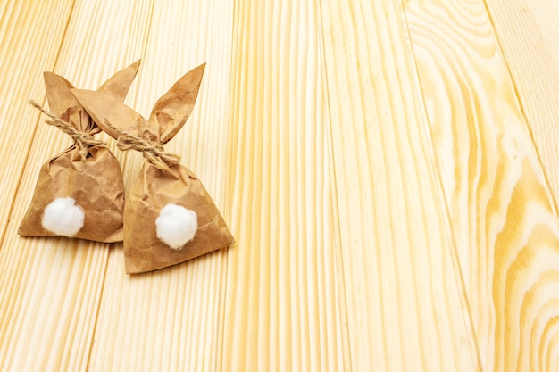 Coelhinhos de papel para a páscoa