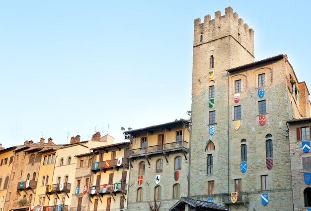 Cofani brizzolari palácio em arezzo, itália