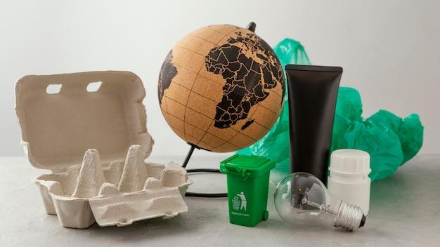 Cofragem com saco plástico e garrafas