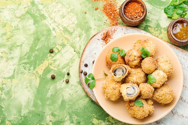 Cogumelos champignon fritos