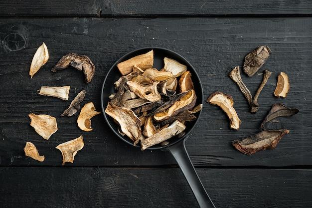 Cogumelos secos de boletus