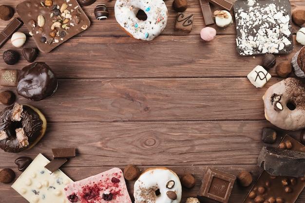 Coisas de chocolate de vista superior