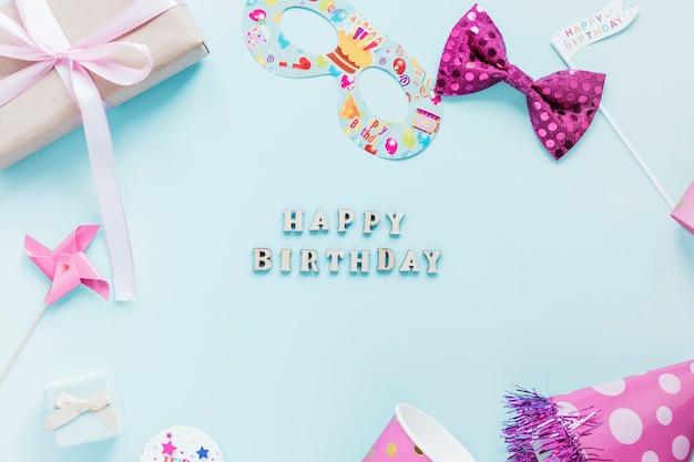 Coisas de festa em torno de escrita de aniversário