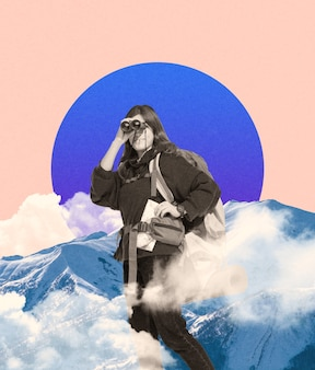 Colagem de arte contemporânea. jovem feliz, mulher viajante olhando através de binóculos isolados no fundo geométrico. nuvens e montanhas. copie o espaço para texto, design, anúncio. arte criativa moderna.