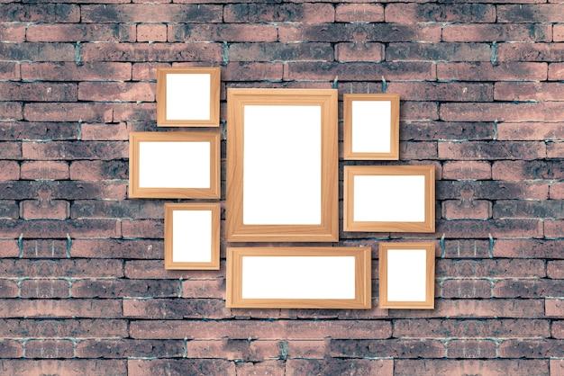 Colagem de quadros de madeira marrom em branco