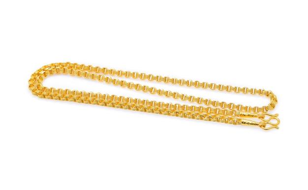 Colar de ouro isolado no branco