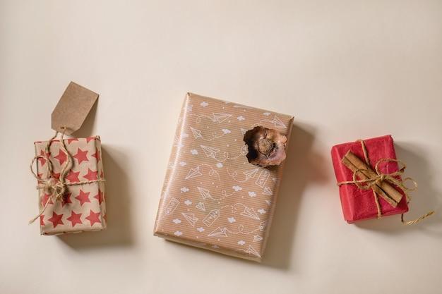 Coleção de caixas de presente de natal em papel artesanal