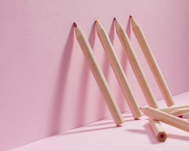 Coleção de close-up de lápis coloridos