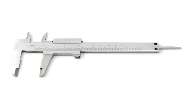Coleção de ferramentas - compasso de calibre de aço inoxidável em um fundo branco. a ferramenta de precisão.