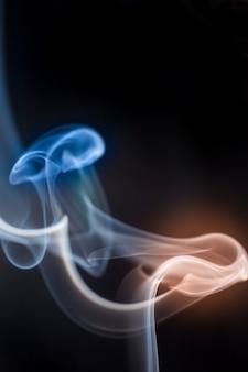 Coleção de fumaça em fundo preto