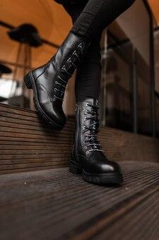 Coleção de moda sazonal de botas femininas