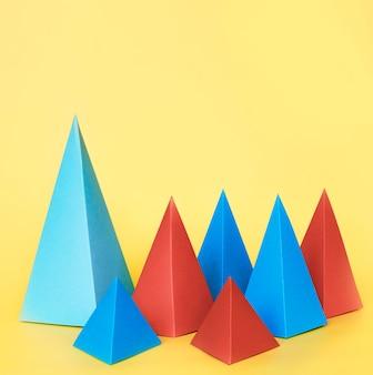 Coleção de objetos de papel geométrico