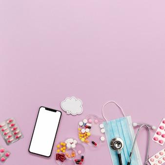 Coleção de telefone e pílulas