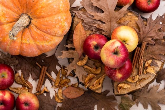 Colheita de outono vista superior