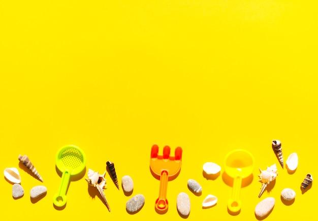 Colheres para caixas de areia e coisas marinhas