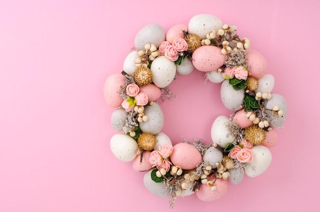 Colorfull linda guirlanda de páscoa festiva. foto