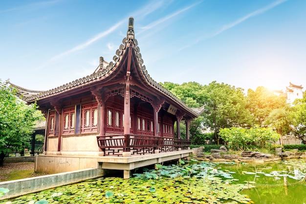 Com o estilo jiangnan da china de arquitetura antiga