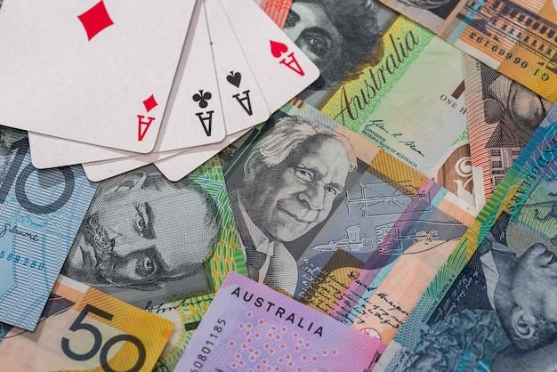 Combinação de quatro ases em notas de dólar australiano