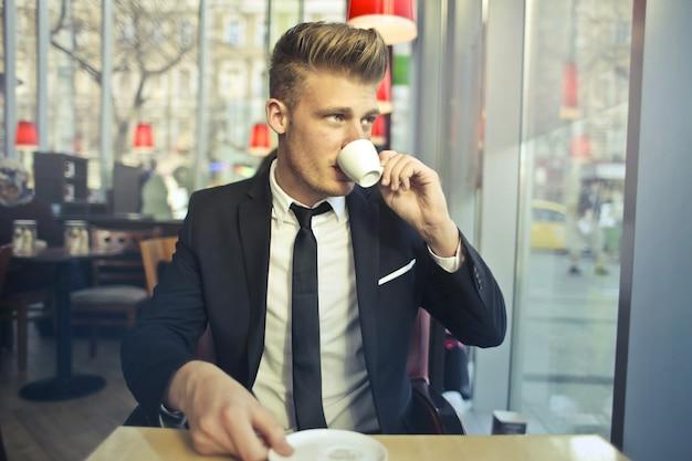 Começando uma manhã com um café
