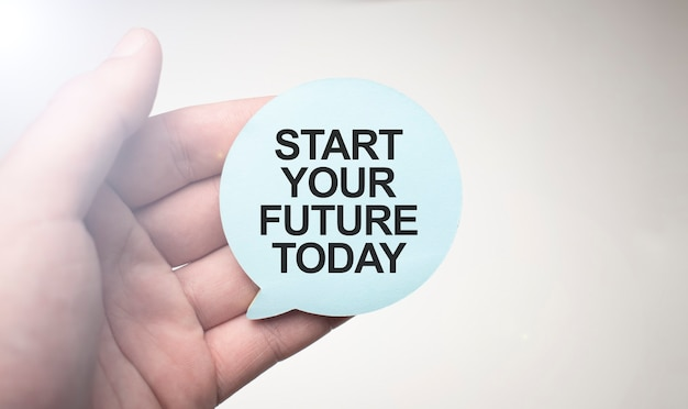 Comece o seu futuro hoje, inscreva-se no bloco de notas no fundo branco