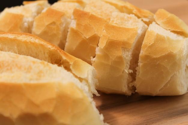 Comida brasileira. pão brasileiro crocante