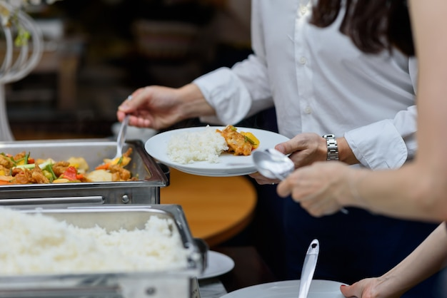Comida buffet, catering comida festa no restaurante