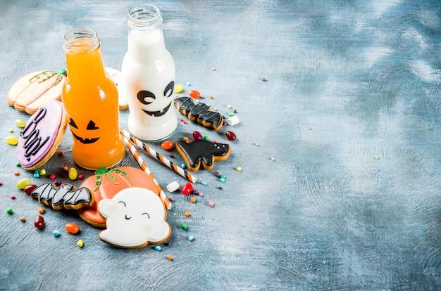 Comida de halloween, lancheira escolar com garrafa de bebida de abóbora