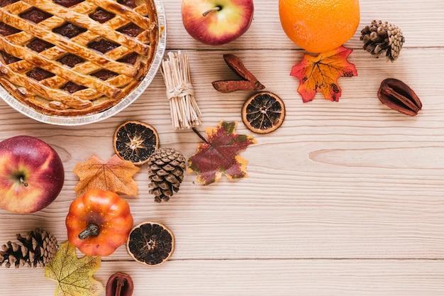 Comida de outono vista superior com espaço de cópia