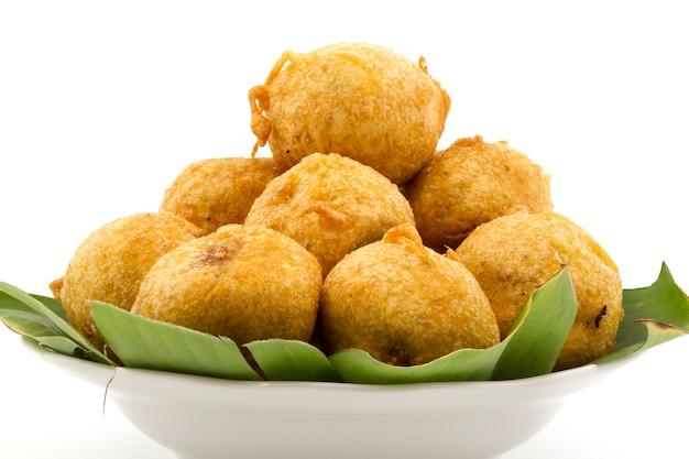 Comida de rua indiana vada pav
