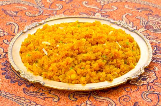 Comida doce especial indiana halwa