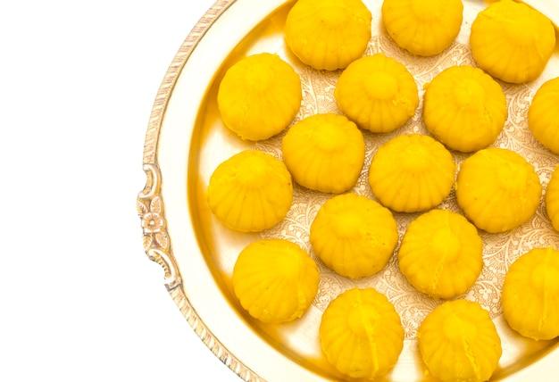 Comida doce indiana modak
