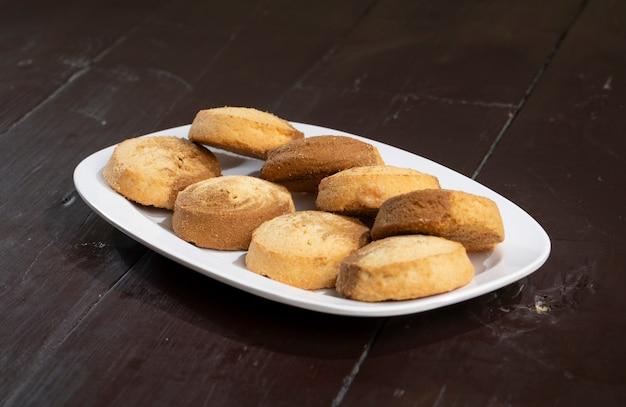 Comida doce indiana nankhatai ou biscoitos Foto Premium