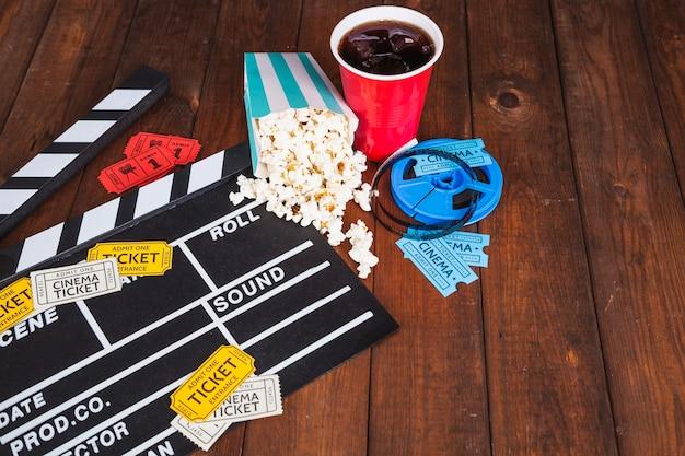 Comida e bilhetes de cinema