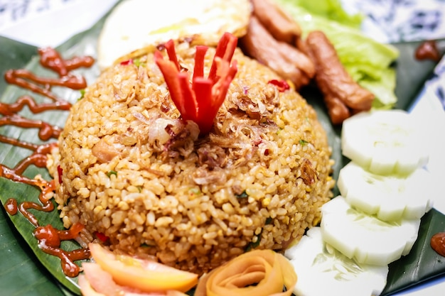Comida indonésia nasi goreng fried rice
