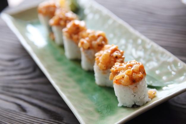 Comida japonesa maki sushi