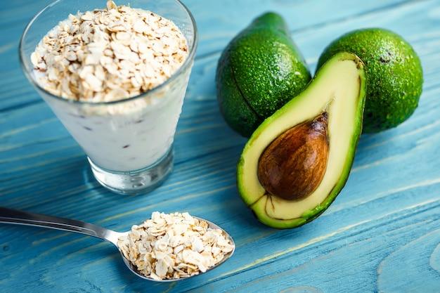 Comida saudável. café da manhã ou lanche dietético.