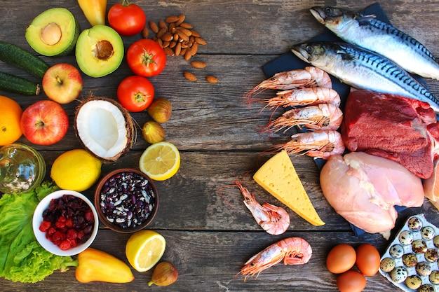 Comida saudável de origem animal e vegetal.