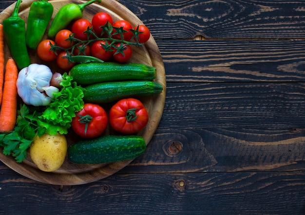 Comida saudável e cópia espaço, legumes frescos