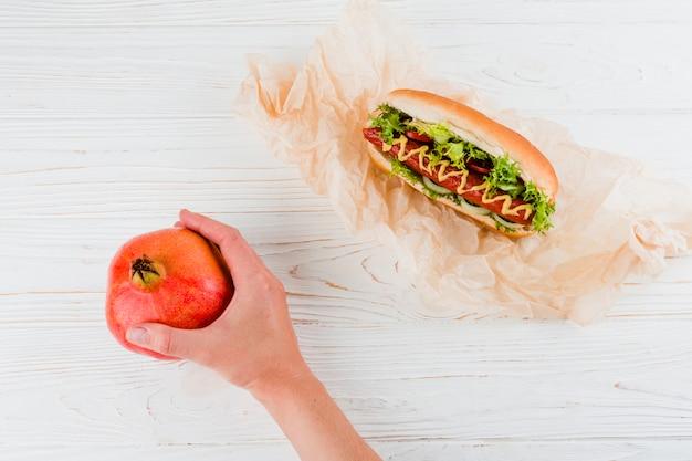 Comida saudável e insalubre